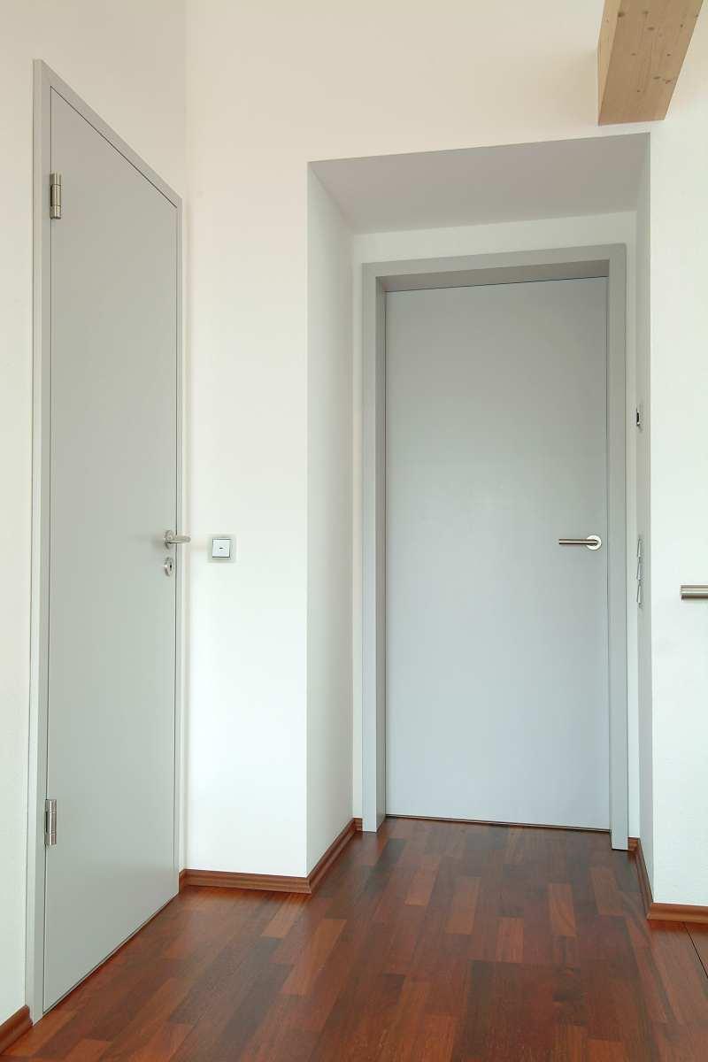Zimmertüren mit Futterzargen und flächenbündigem Türblatt