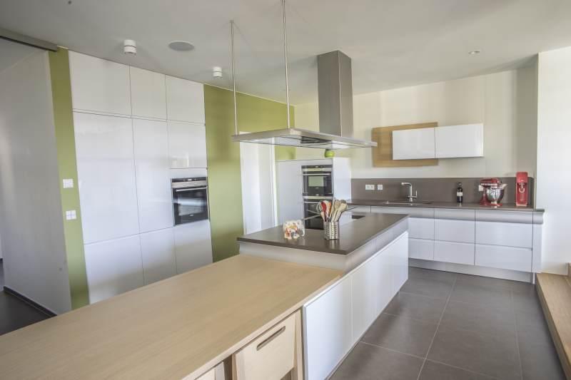 Einbauküche frontbündig mit Trockenbauwand