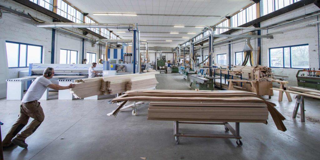 Schreinerei-Werkstatt-Ansicht
