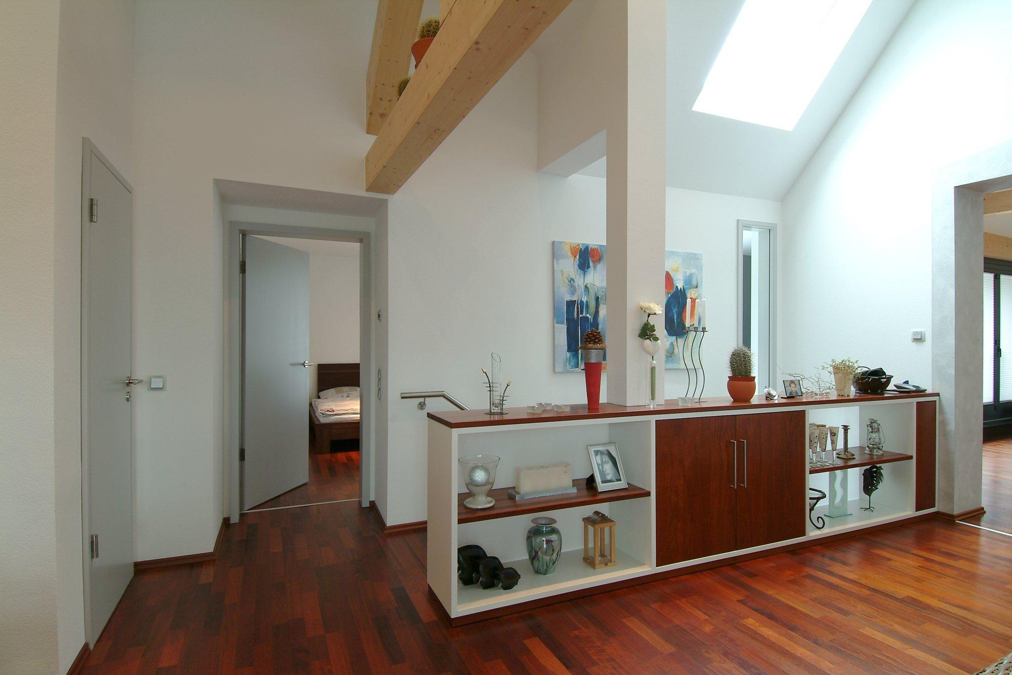 Dachausbau in Merbau, Sideboard, Türen, Parkett, Trockenbau